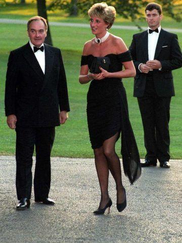 La principessa Diana con le Manolo.