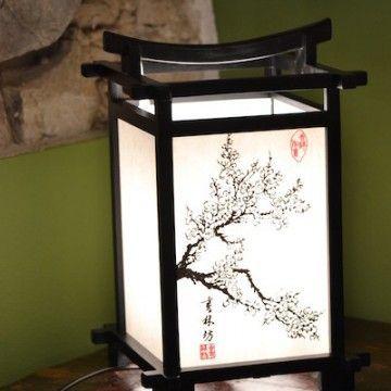 Lampada da tavolo a trama giapponese