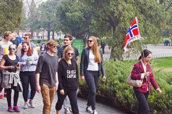 Viaggiare low cost: sfruttare i free walking tour in Europa