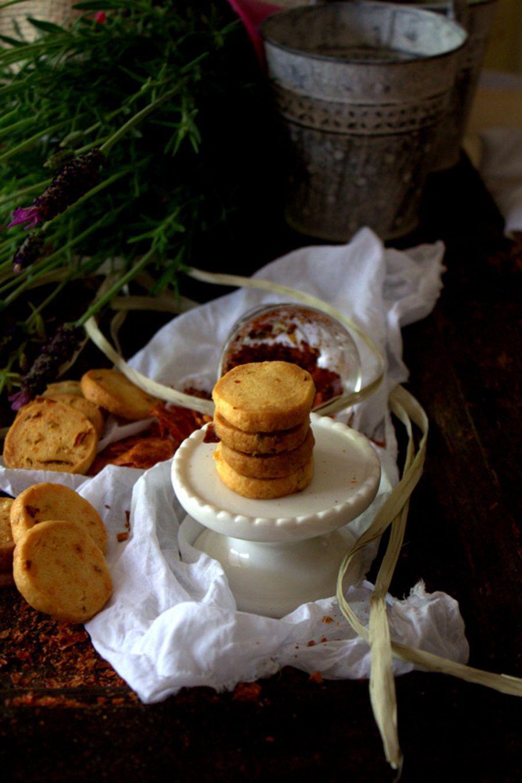 Biscotti al parmigiano reggiano