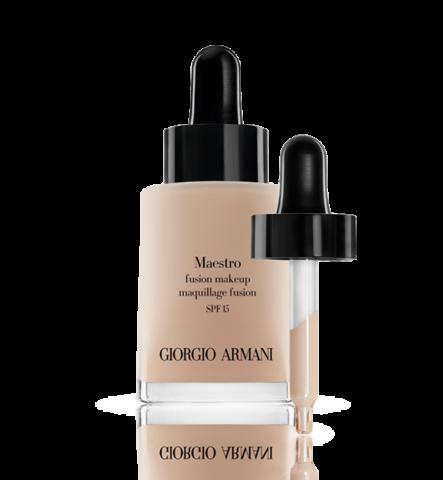 Maestro di Giorgio Armani, è un fondotinta composto da finissimi pigmenti in olio, che insieme creano un'emulsione leggera e coprente, che si fonde perfettamente con l'incarnato. €54