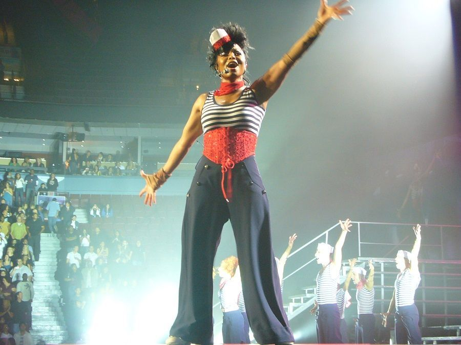 Janet Jackson ha anche rimandato il suo tour per mettere su famiglia