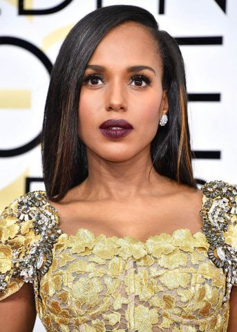 Long bob liscio e scuro con striature chiare per Kerry Washington