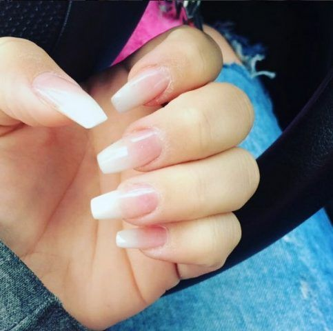 Nail trend, BabyBoomers con unghie lunghe