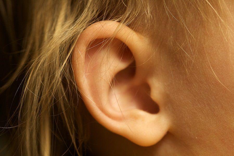 Un bel massaggio all'orecchio caccia via la stanchezza