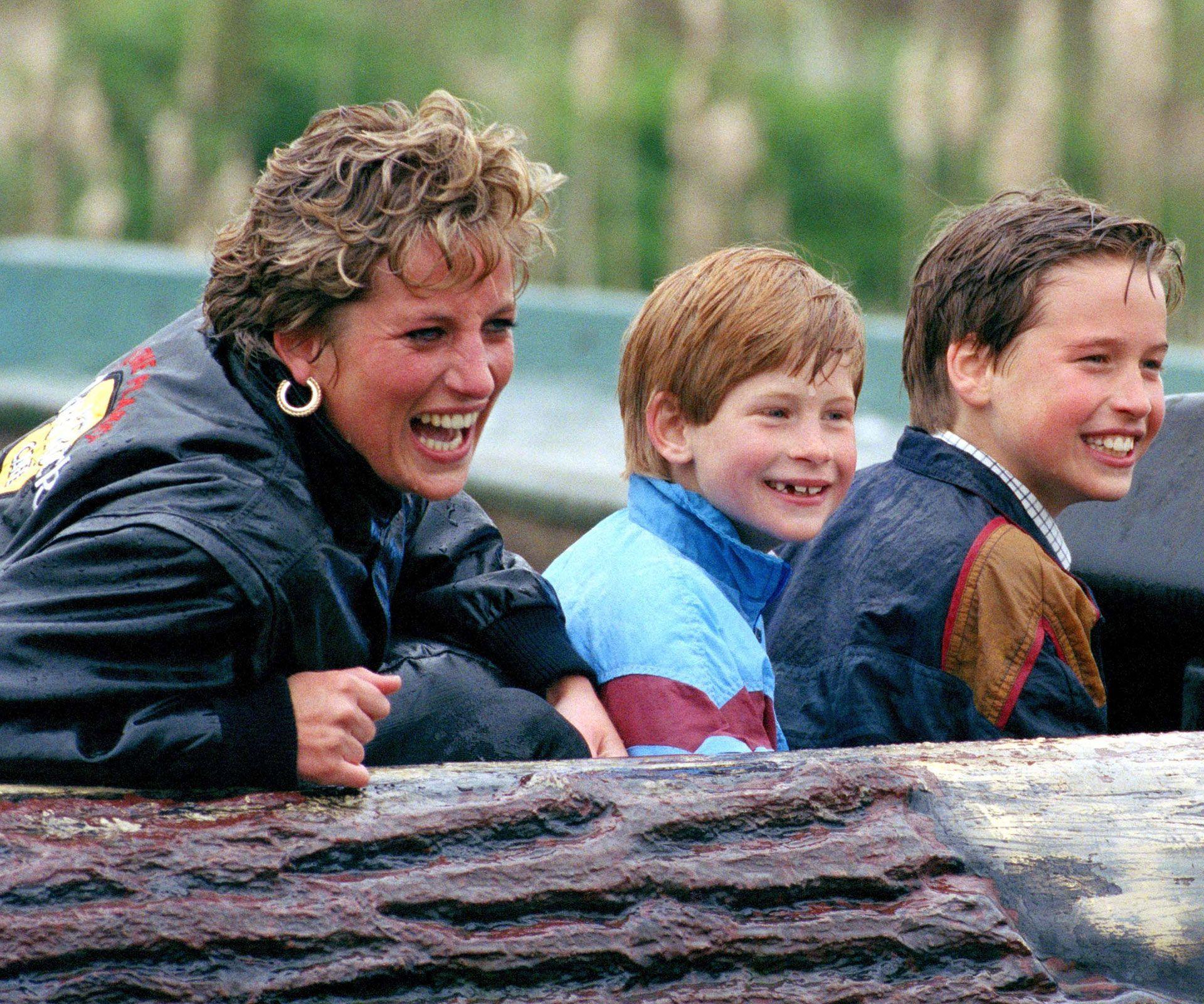 William e Harry con mamma Diana