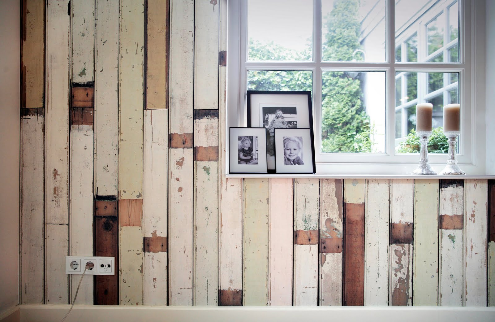Carta da parati shabby chic effetto legno