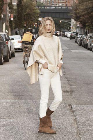Pantaloni bianchi + poncho