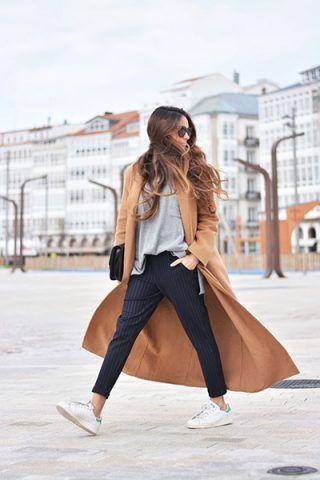 Cappotto color cammello e pantaloni gessati - Dal blog Stella Wants to Die