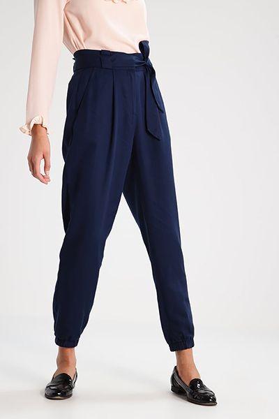 Pantaloni di Mint&Berry (disponibili su Zalando - 50 €)