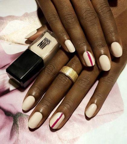 Manicure bianca