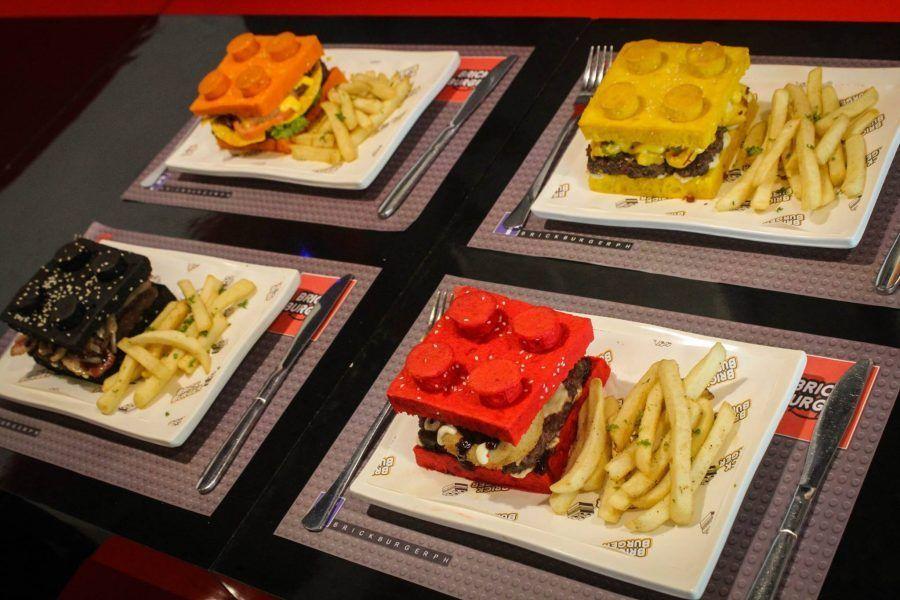 Gli hamburger serviti con