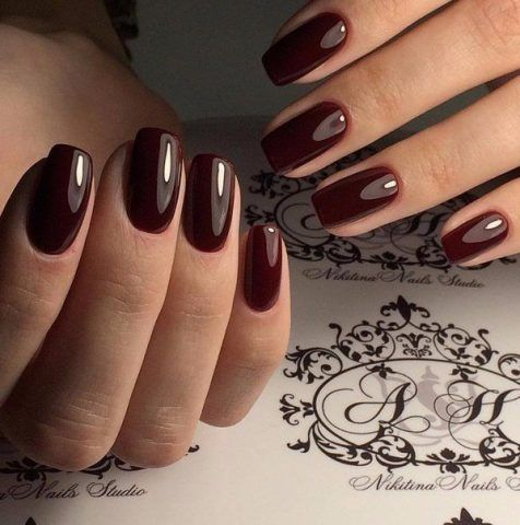 Manicure dark