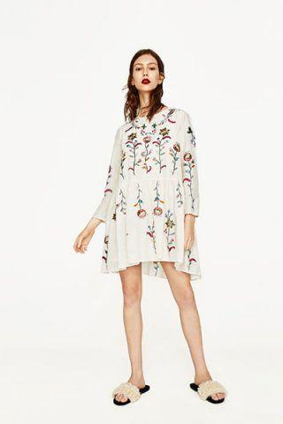 Vestito ricamato (59,95 €)