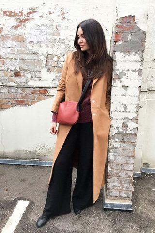 Cappotto color cammello e pantaloni neri - Dal blog By Funda
