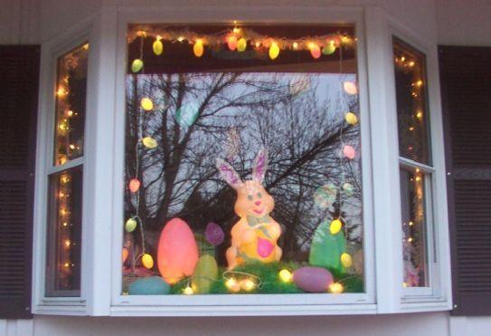Come decorare le finestre di casa bigodino - Decorare le finestre per natale ...