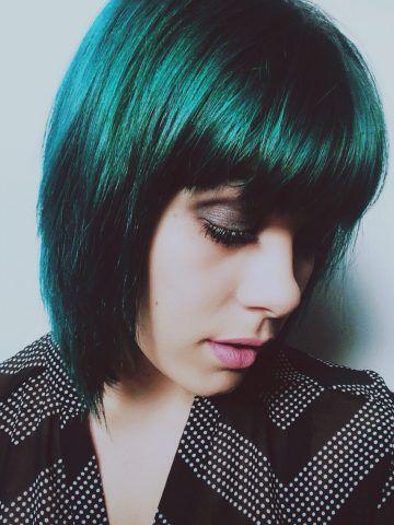 green dark hair