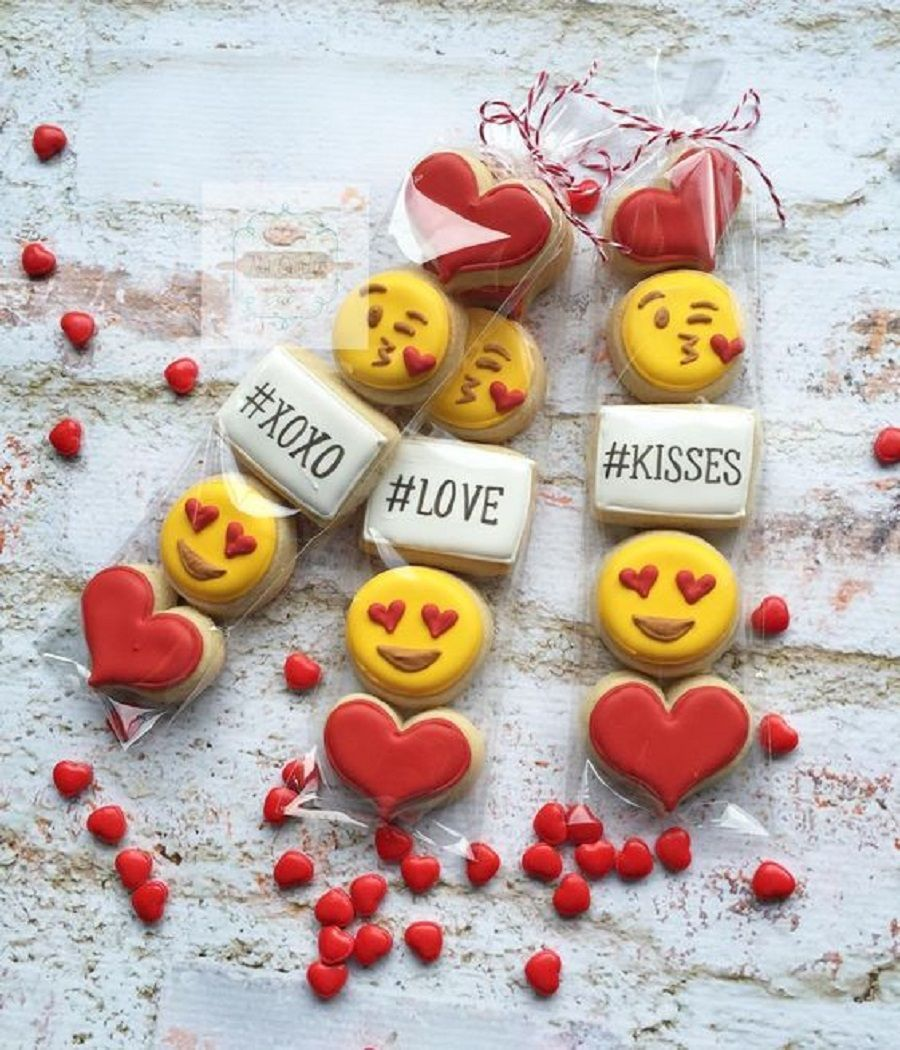 Emoticons glassate allo zucchero