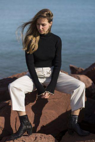 Dolcevita e stivaletti - Dal blog Fashion Quite