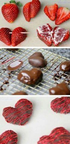 Fragole a forma di cuore ricoperte di cioccolato