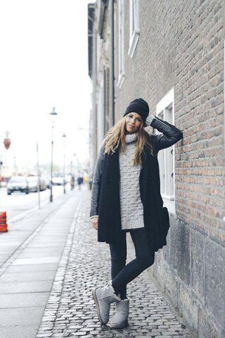 Jeans + maglione a collo alto
