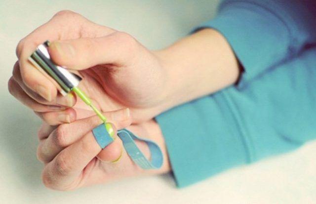Elastico per fare la french manicure