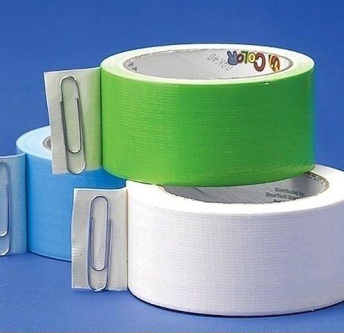 Graffette per fermare la fine del il nastro adesivo