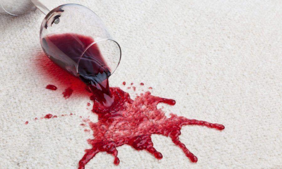 Macchia di vino, come rimuoverla