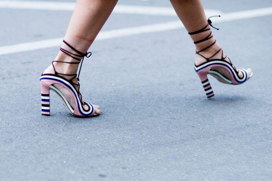Moda scarpe primavera 2019 modelli stili e colori bigodino for Case alla moda