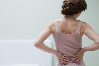 Soffri di mal di schiena? Fai questi esercizi per la sciatica