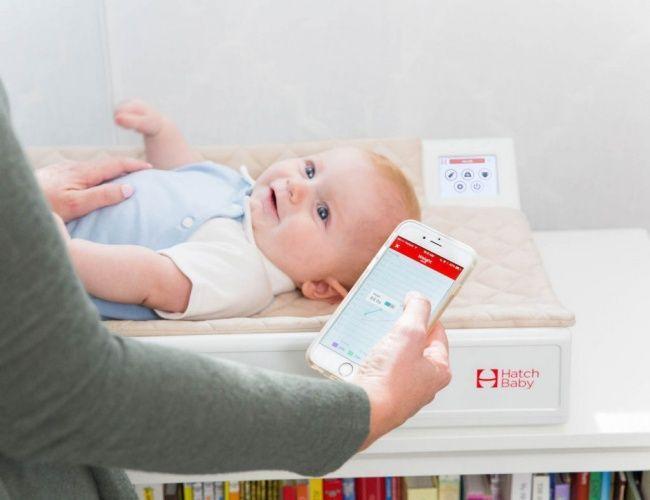 Un'app per seguire la crescita dei neonati