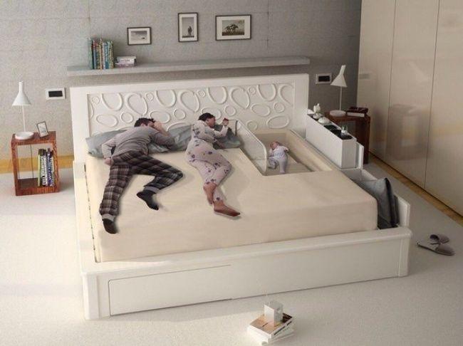 Il letto matrimoniale con culla incorporata