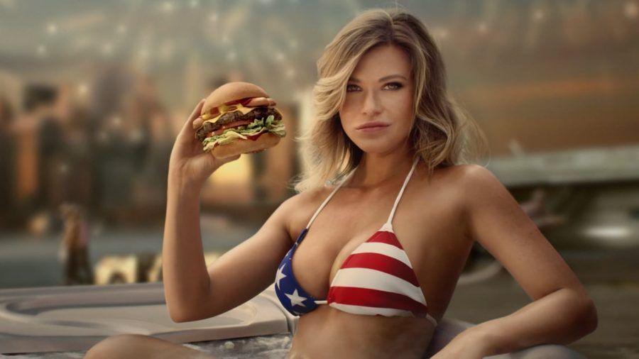 ...e chi non va vestita così a mangiarsi un hamburger?