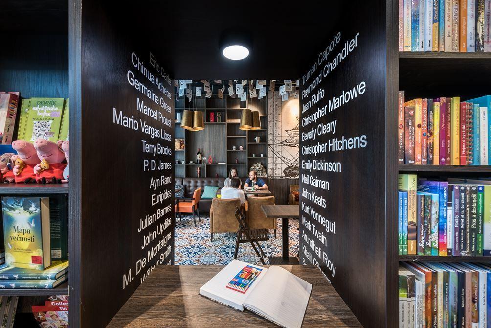 Panta Rhei & Café Dias / bookstore & cafe