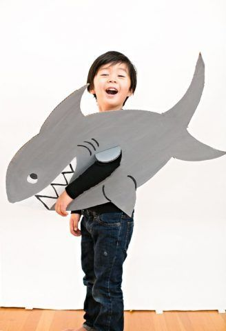 Costume di Carnevale fai da te: squalo