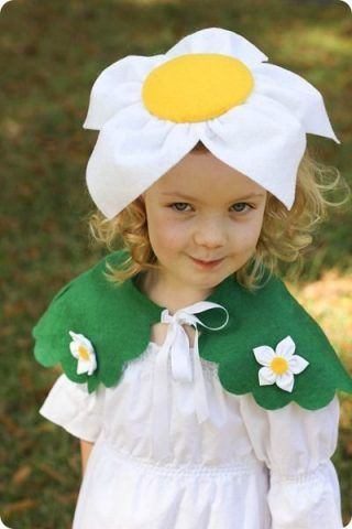 Costume di Carnevale fai da te: fiore