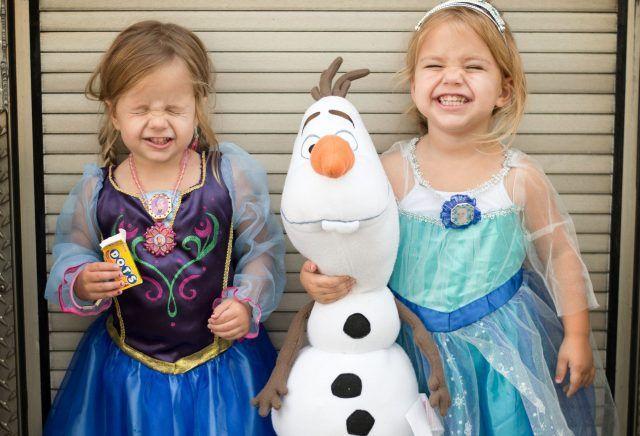 Costume di Carnevale fai da te: Anna ed Elsa