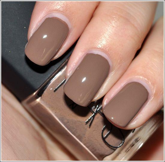 Manicure tortora