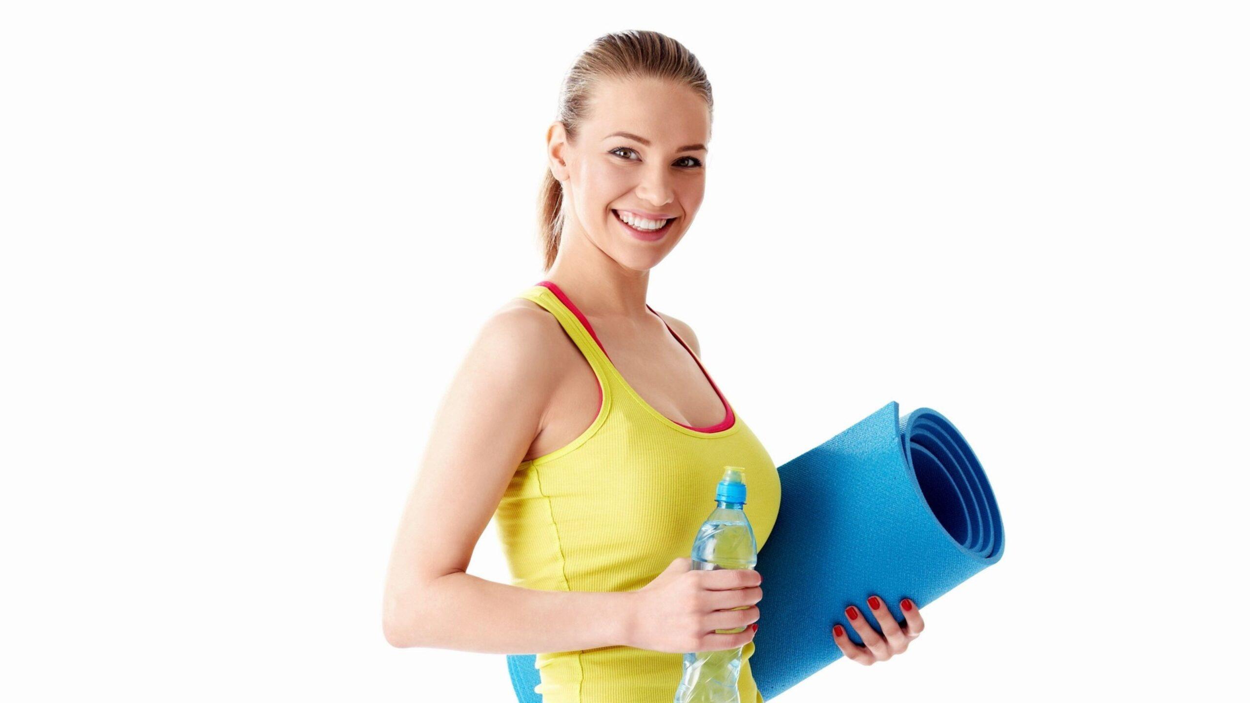 Attività fisica senza palestra: 4 esercizi da fare ovunque