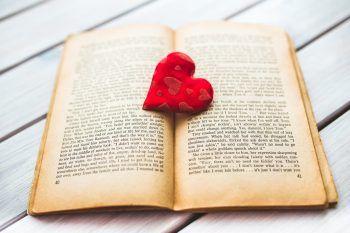10 romanzi d'amore che dovete leggere almeno una volta nella vita