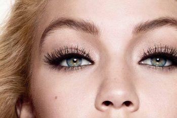 Occhi piccoli? Come farli sembrare più grandi con il make up