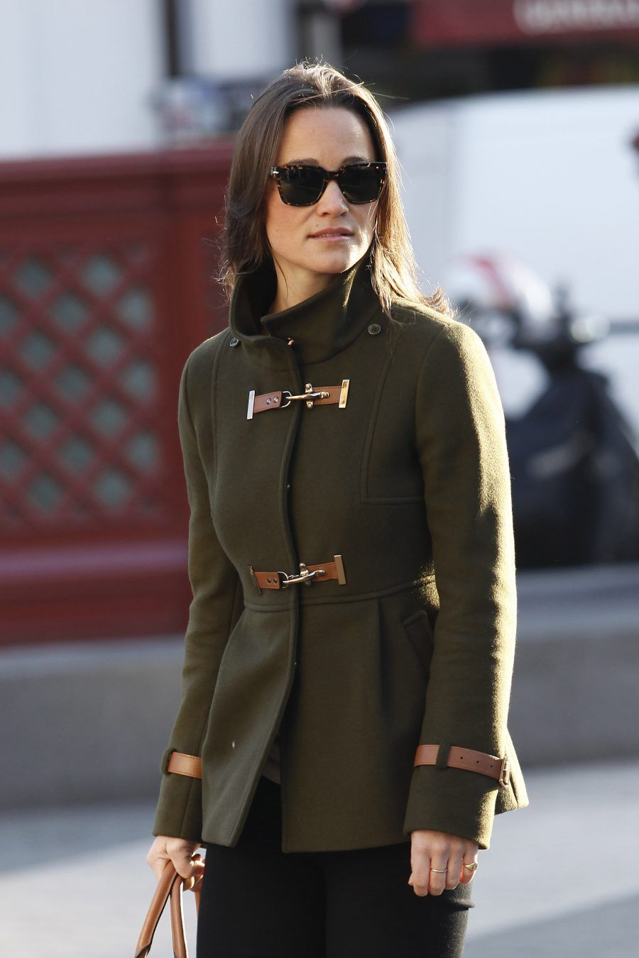 LONDON, UNITED KINGDOM - NOVEMBER 15: Pippa Middleton is sighted arriving at her South Kensington office on November 15, 2011 in London, England. (Photo by Neil Mockford/FilmMagic)