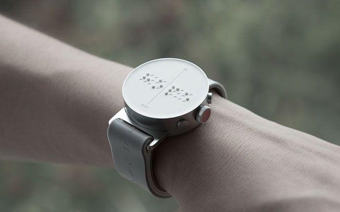 Smartwatch braille