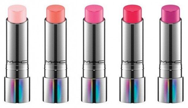 Tendertalk Lip Balm Mac - un balsamo labbra che crea una tinta personalizzata in base alla propria chimica, idrata le labbra, rendendole morbide e deliziosamente profumate di vaniglia.