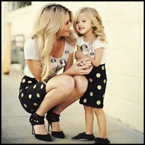 2016-summer-family-look-corrispondenza-madre-figlia-abbigliamento-abiti-mamma-e-figlia-vestito-backless-abiti-neri.jpg_640x640