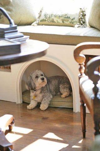 Cuccia di design per cani salvaspazio