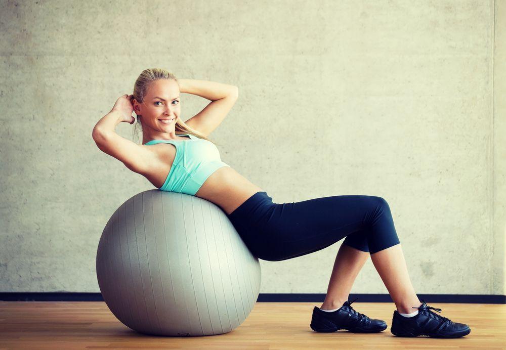 Esercizi per la schiena con la palla