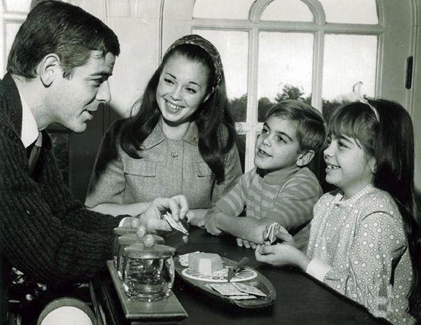 George Clooney a 7 anni con la famiglia
