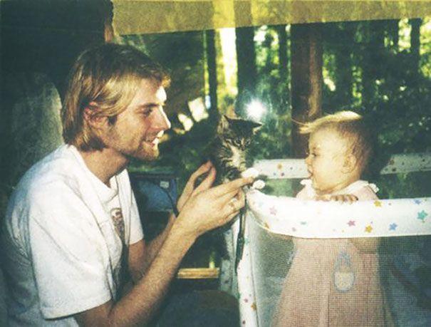 Kurt Cobain, 26 anni, con la figlia Frances