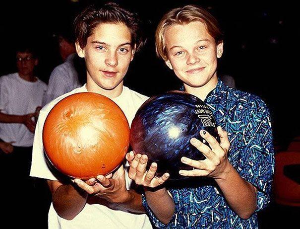 Tobey Maguire e Leonardo DiCaprio negli anni Novanta